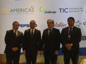 Leonel Ruiz, gerente general PepsiCo Bebidas Centroamérica, César Roberto Dragram, viceministro de República Domicana,  Luis Almagro, secretario general de la OEA ymLuis Viguria, CEP YABT.