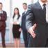 El corredor de seguros es la persona que lo guiará paso a paso en la búsqueda de la mejor cobertura.