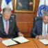 El convenio fue firmado por  el presidente ejecutivo del BCIE, Dr. Nick Rischbieth y por el Gobierno de República Dominicana el Ministro de Hacienda, Donald Guerrero.