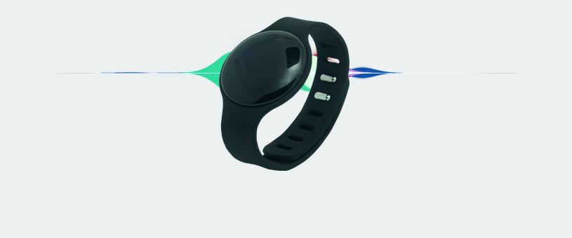 Wardoo, pulsera inteligente que garantiza mantener la distancia social en lugares públicos
